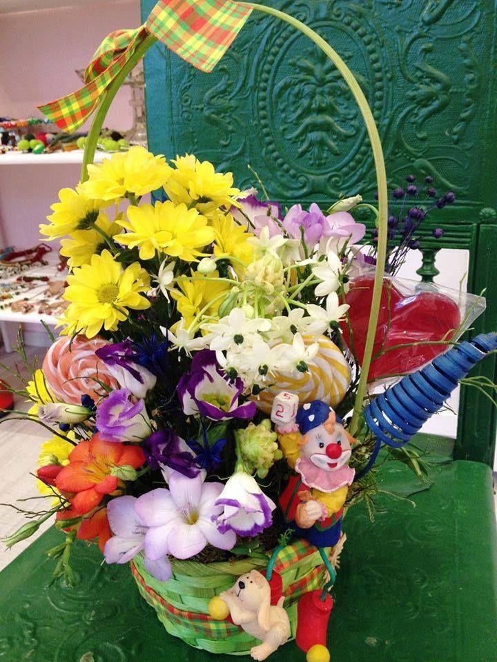 Happy flowers basket; #clown #circus #carousel theme by Atelier Floristic Aleksandra concept Alexandra Crisan