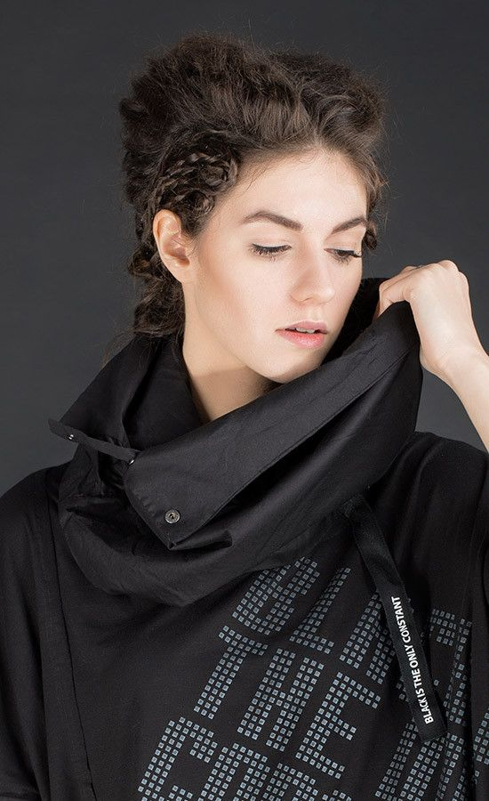COWLEY - cowl-neck black collar / Variants grey old dye and white | Studio B3 |