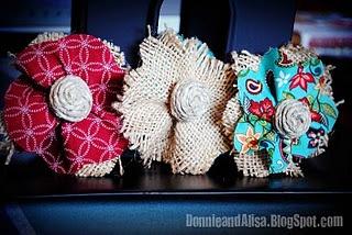 Burlap flowers: Burlap Flower Tutorial, Twine Flowers, Burlap Flowers Tutorials, Flowers Hair, Burlap Bows, Sewing Machine, Hair Clip, Tidi Nests, Fabrics Flowers