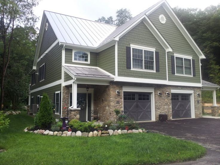 Best 25 sage green house ideas on pinterest green for Green siding house