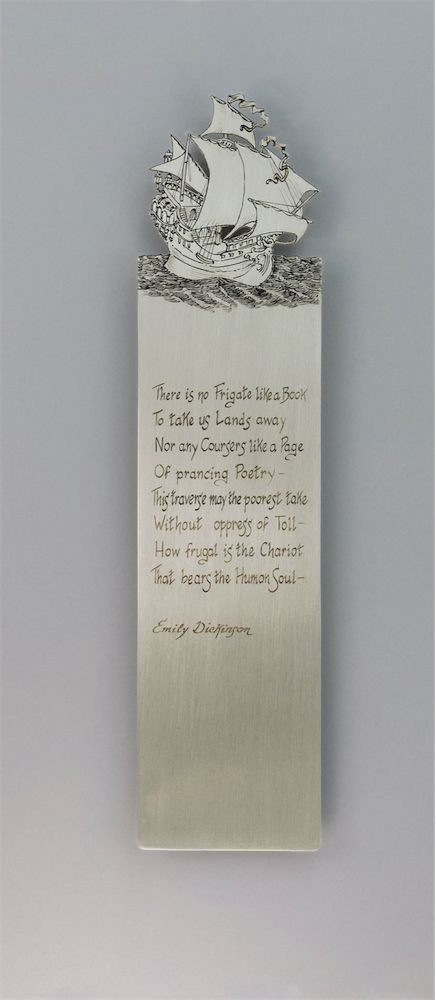 This was our very first bookmark and most certainly the simplest, our mark was still undefined… but the idea was there. What you see here is the result of years of development of cutting and engraving techniques. And we are delighted that each time one of these pieces is ordered, we can include the words of a poetess we adore.