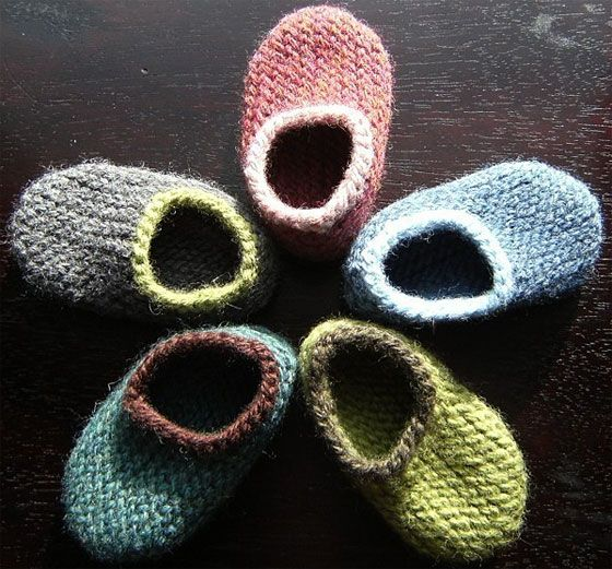 Handknit Hugs: My name is Heather and I am a stay-at-home mom with three young, beautiful, busy and incredibly silly children. Though I have always enjoyed many different types of crafting, I discovered knitting after my second child was born (my very inspiring little girl) and I never stopped. I love knitting for babies and …