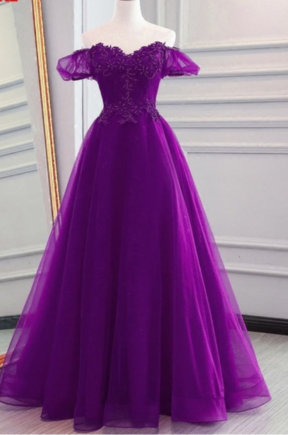 Long rent evening dress in a woman's shoulder to start formal formal dress in the evening gown of the evening gown in the evening gown