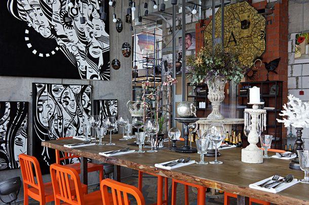 123 best cafe 39 restaurant images on pinterest restaurant interiors cafe bar and coffee cozy. Black Bedroom Furniture Sets. Home Design Ideas