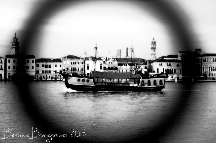 Jolly Roger, the galley, in the Giudecca canal ... yo ho ho and a bottle of rum. ;) #venice #travel #italy #europe