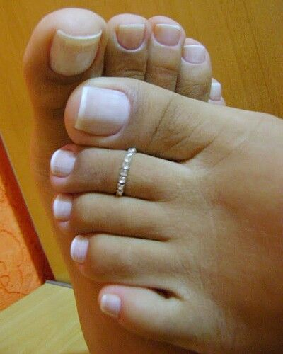French footjob escort girl senlis