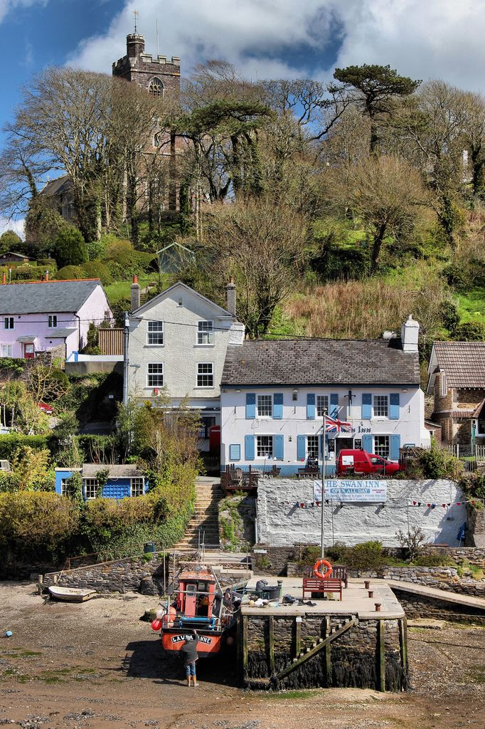 FUCKITANDMOVETOBRITAIN — ohmybritain:  Noss Mayo, Devon by slys_pictures on Flickr.