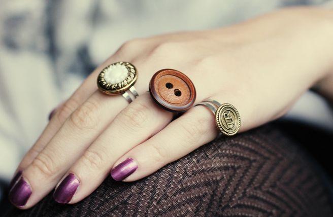 Lana Red Studio: Button Rings DIY