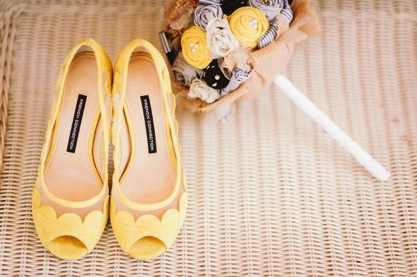 The person who finds these for my wedding will be my best friend in the entire world! Start looking!