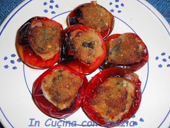 peperoncini tondi ripieni al forno