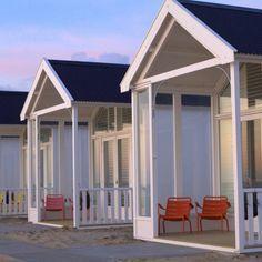Katwijk : Bijzondere strandhuisjes op het strand van Katwijk aan Zee, zonnig en modern ingericht met een hippe strandtent op loopafstand.