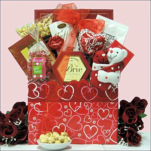 7 best images about valentine 39 s day gift baskets on pinterest for Best online valentines gifts