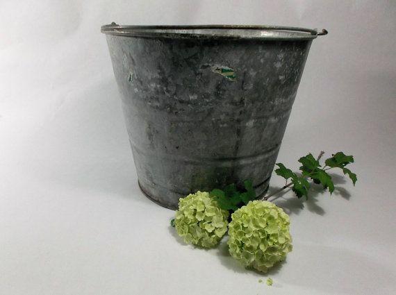 Galvanized metal bucket 1970s rustic garden planter for Metal bucket planter