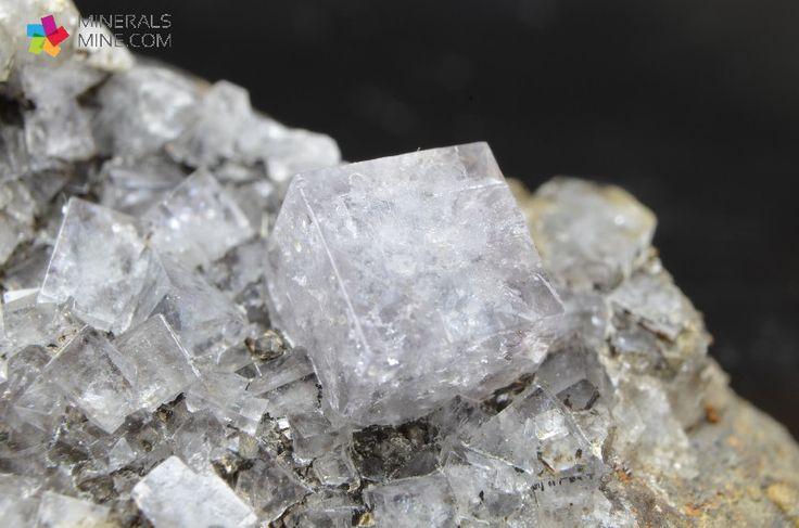 Fluoryt - ładne sześcienne kryształy