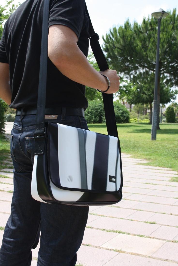 GRIMAL2 bolsos reciclados  Recycled handbag company ..