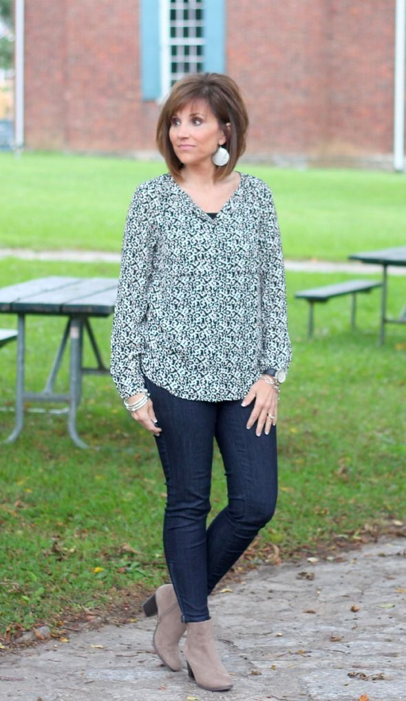 Women over 40 Outfits - 20 Dressing Styles for 40 Plus Women