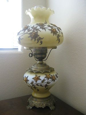 Vintage Antique Hurricane Gone With The Wind Lamp Applied
