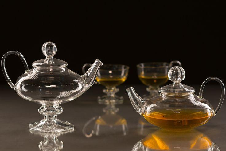 Handmade glass teapot and teacups - worldwide shipping