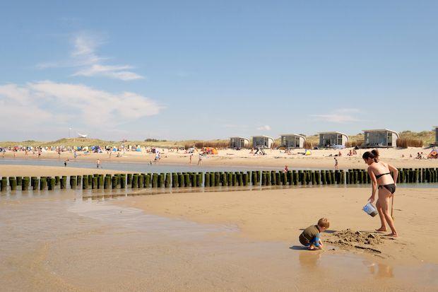UMB's ZOMERVAKANTIE TIPS: Op strandvakantie in eigen land - UrbanMoms.nl