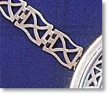 Close up of the Saltire chain