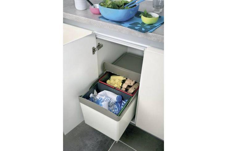 Les 25 meilleures id es de la cat gorie poubelle - Poubelle de porte de cuisine ...
