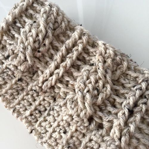 Crochet Cable Beanie by All About Ami - free knitting pattern