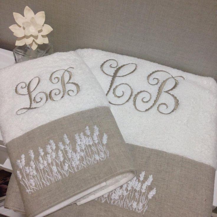 Hermosas toallas con diseño de espigas, 100% algún con franjas de lino crudo. Bordadas con tu nombre o iniciales.