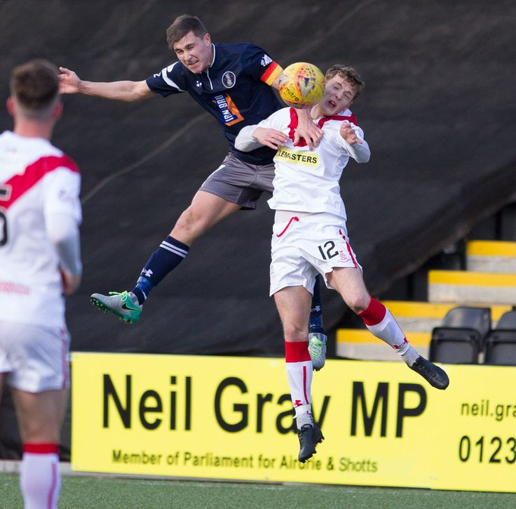 Queen's Park'sSean Burns in action during the SPFL League One game between Airdrieonians and Queen's Park. PICTURE DATE: 30 Sept 17. PHOTO CREDIT: Ian Cairns