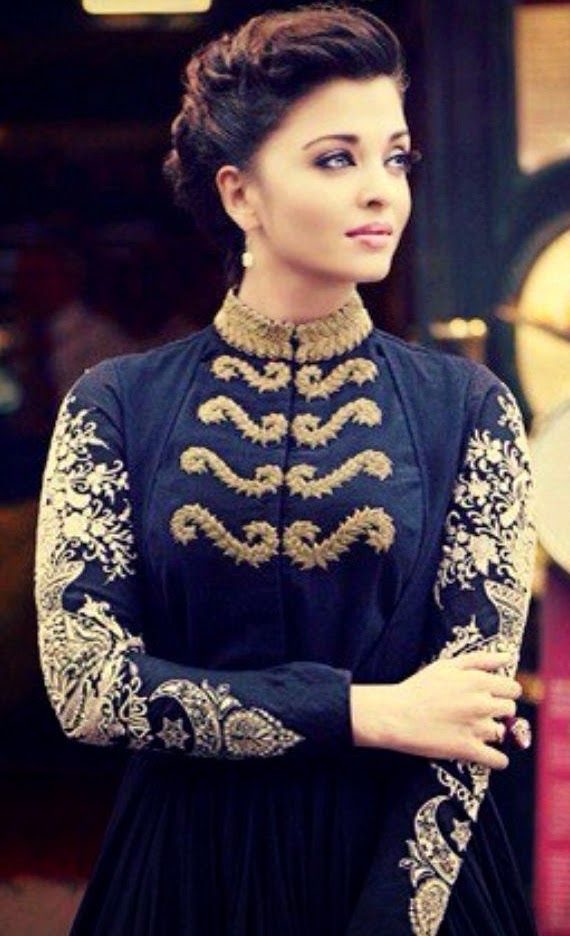 Aishwarya Rai Hot Wallpapers: Aishwarya Mixed Dresses