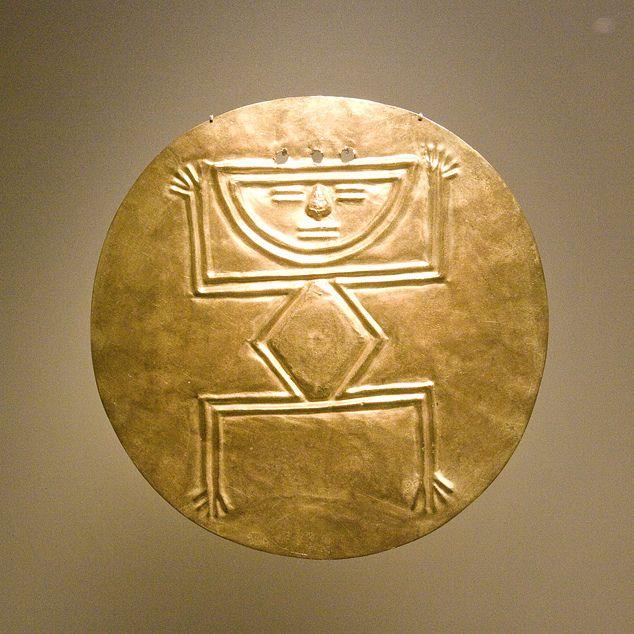Saludos, dice. Arte precolombino, Museo del Oro, Bogotá DC, Colombia.  