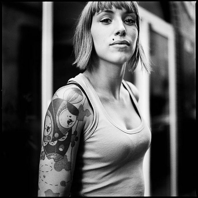27 Beautiful Black and White PortraitsWhite Portraits, Black And White, Portraits Photography, Beautiful Black, 27 Beautiful, Tattoo Girls, Digital Photography, Portraits, De Rue