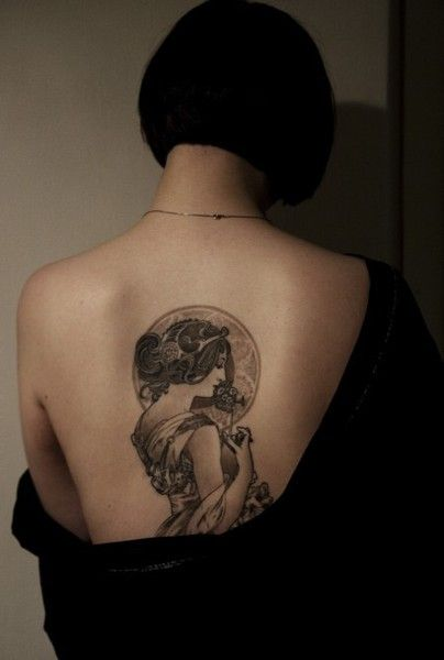 Art nouveau tattoo. Smaller version in different spot? Maybe shoulder?