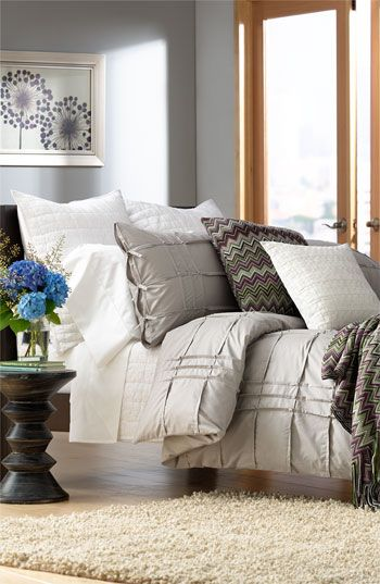 loving this cozy room, the color palette and all the fab texture!