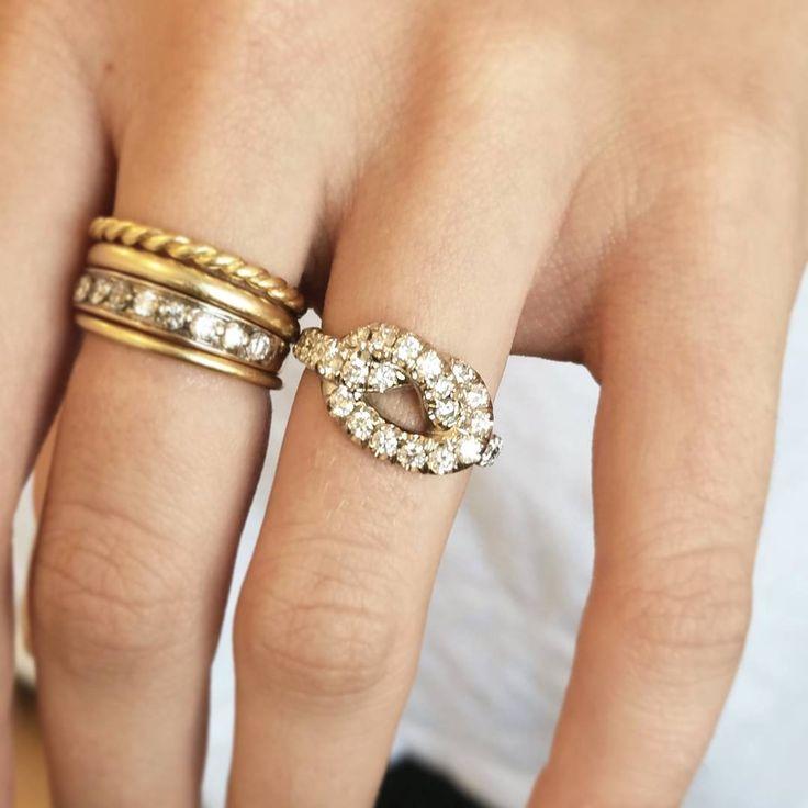 Alternative engagement ring or alternative wedding band. Love knot motif by Finn designer Candice Pool Neistat