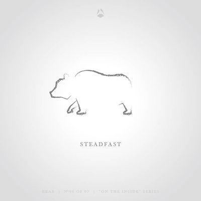 Standhaft – Der Bär Kunstdruck von Think North