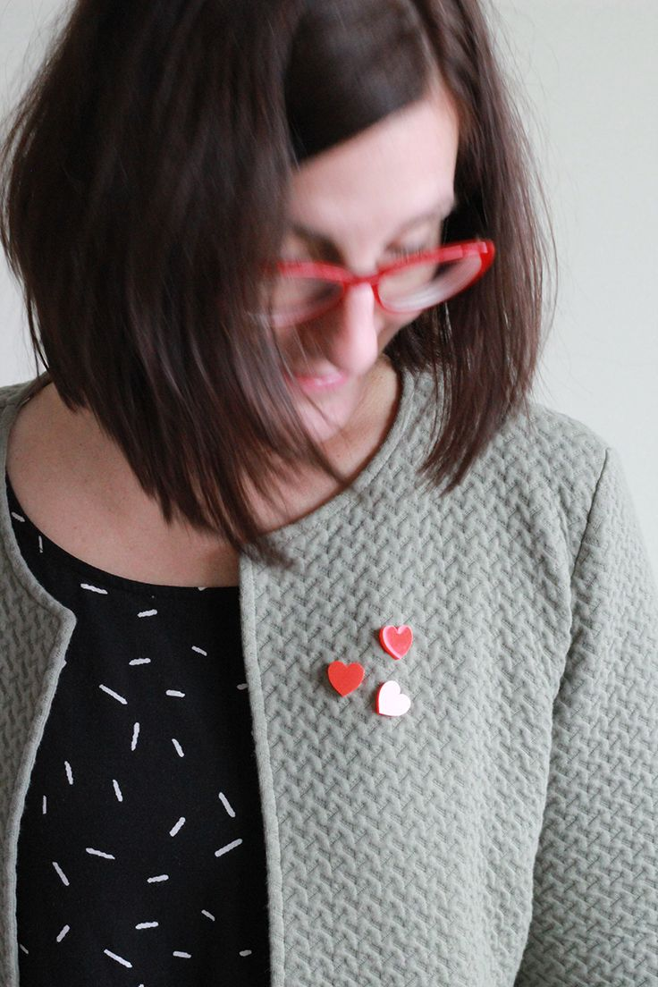 casual look with some graphic heart pin flairs // red heart brooch