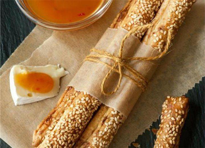 Πεντανόστιμα κριτσίνια με τυρί! - Filenades.gr