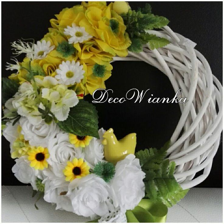 Wianek,wianki,kompozycja kwiatowa,stroik,wianek wiosenny