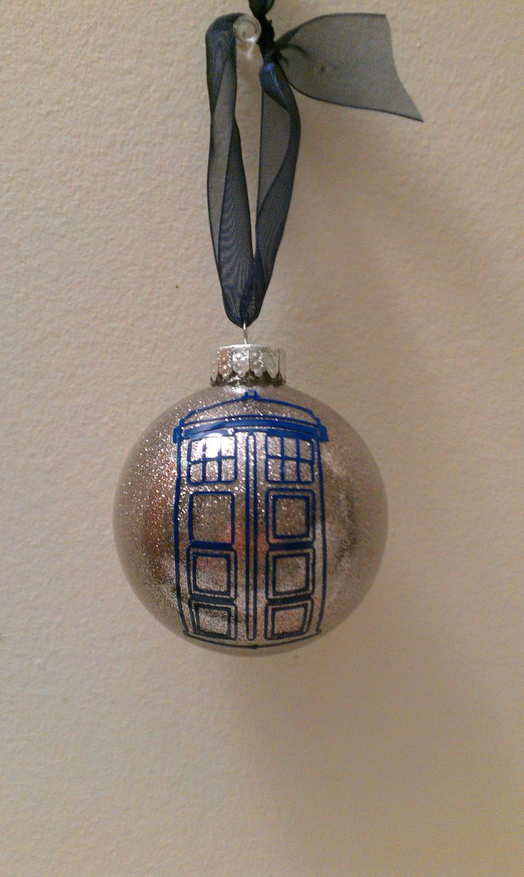 An Idea For The Whovians On My Xmas List! Vinyl Ornamentschristmas Tree  Ornamentschristmas Decorationschristmas Vacationchristmas