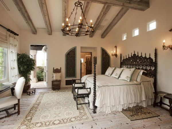 i like the ceiling and the accents around the master bathroom door.