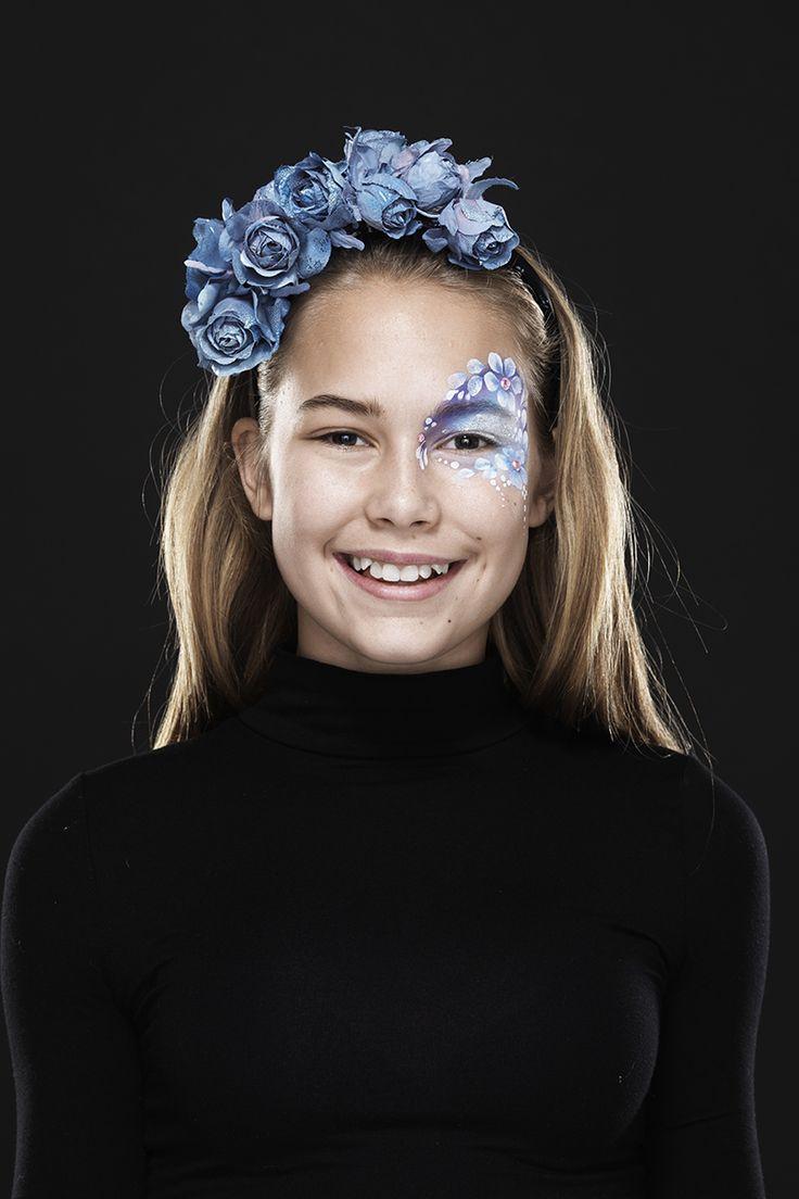 Fabulous Flower www.pandurohobby.com Masquerade by Panduro #DIY #face #paint #dressup #dress #facepaint #masquerade #paint #flowers #fastelavn
