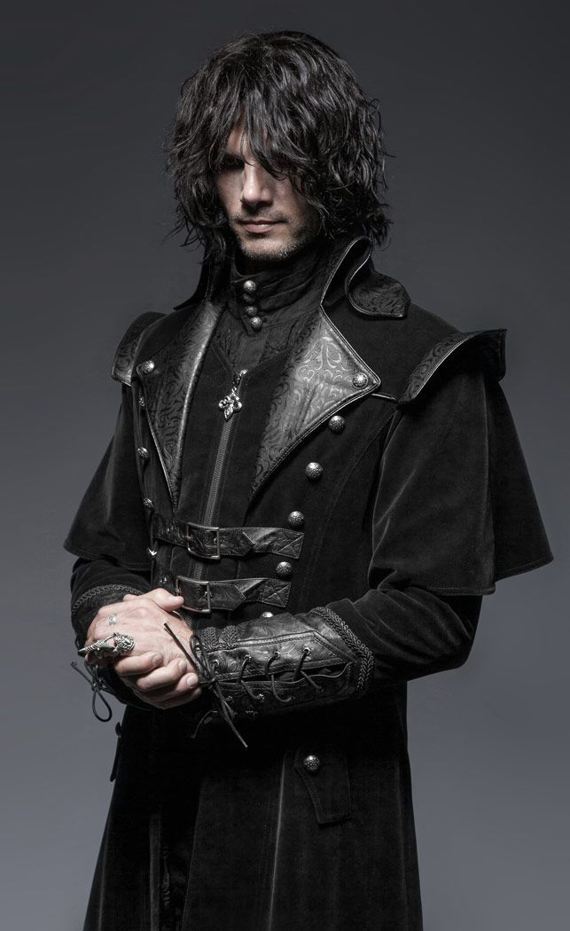 Long manteau medieval gothique noir en velour Punk Rave > STEAMPUNK STORY - PUNKR0083 Shop : www.steampunk-story.com