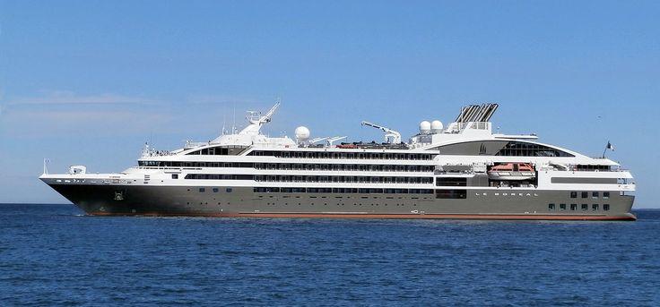 Le Boreal. Ιδιοκτησία & Διαχείριση: Compagnie du Ponant. Σε υπηρεσία τον Απρίλιο του 2010. 10.944 GT ~ 142,10 μ.μ. ~ 18 μ.πλάτος ~ 6 κατ/τα ~ 16 knots  ~ 264 επ. ~ 136 ατ.πλ.
