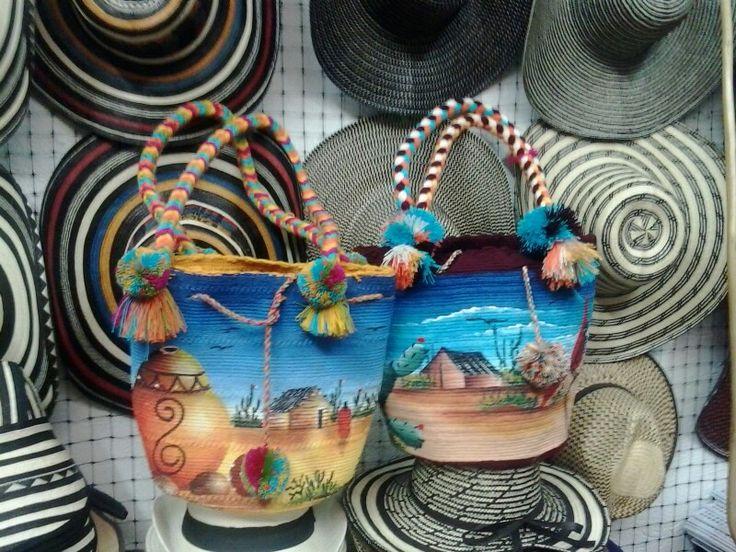 Mochilas y sombreros Centro artesanal Valledupar Colombia