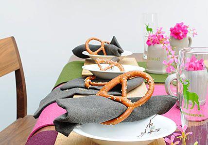 Rustikale, knusprige Serviettenringe - Oktoberfest: feiern wie auf der Wiesn 1