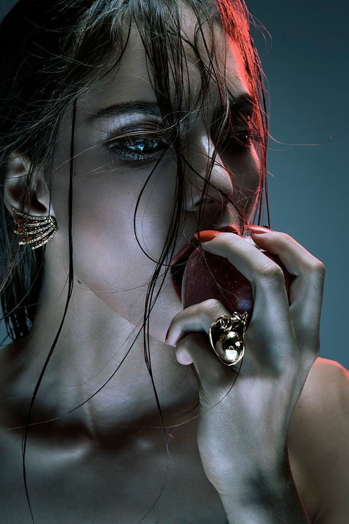Wet-Haired Femme Fatales - The Cidade Jardim 'Que Seja Eterno' Editorial Stars Lary Arcanjo (GALLERY)