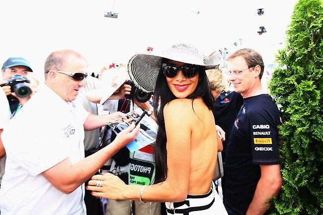Nicole Scherzinger of the Pussycat Dolls, girlfriend of Lewis Hamilton of Great Britain and McLaren Mercedes arrives in the paddock before the Monaco Formula One Grand Prix at the Circuit de Monaco on May 27, 2012 in Monte Carlo, Monaco. (Photo by Paul Gilham/Getty Images)