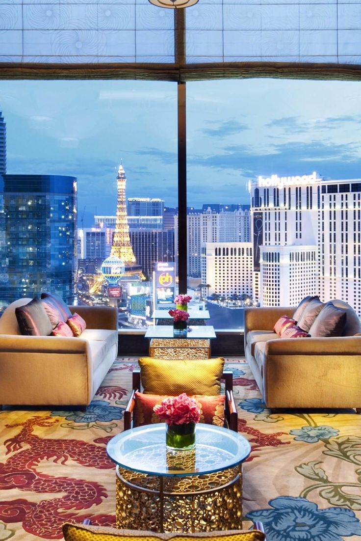 The 23rd-floor Tea Lounge hosts an afternoon tea service that feels appropriately sinful. Mandarin Oriental, Las Vegas (Las Vegas, Nevada) - Jetsetter