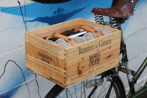 Caja reciclada para carga trasera en bicicleta