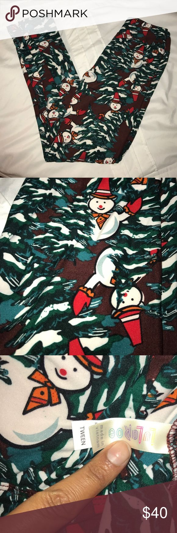 Lularoe Holiday Leggings!!! These TWEEN size ⛄️️snowman ⛄️ leggings are adorable Never Worn New ⛄️️ leggings LuLaRoe Pants Leggings